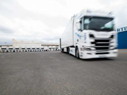 Flota Camiones Transportes Gilabert
